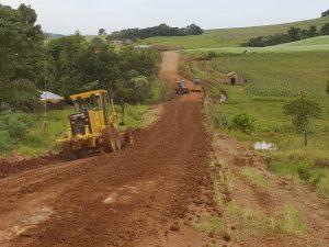 recuepração de estradas andrae e rio verde (2)